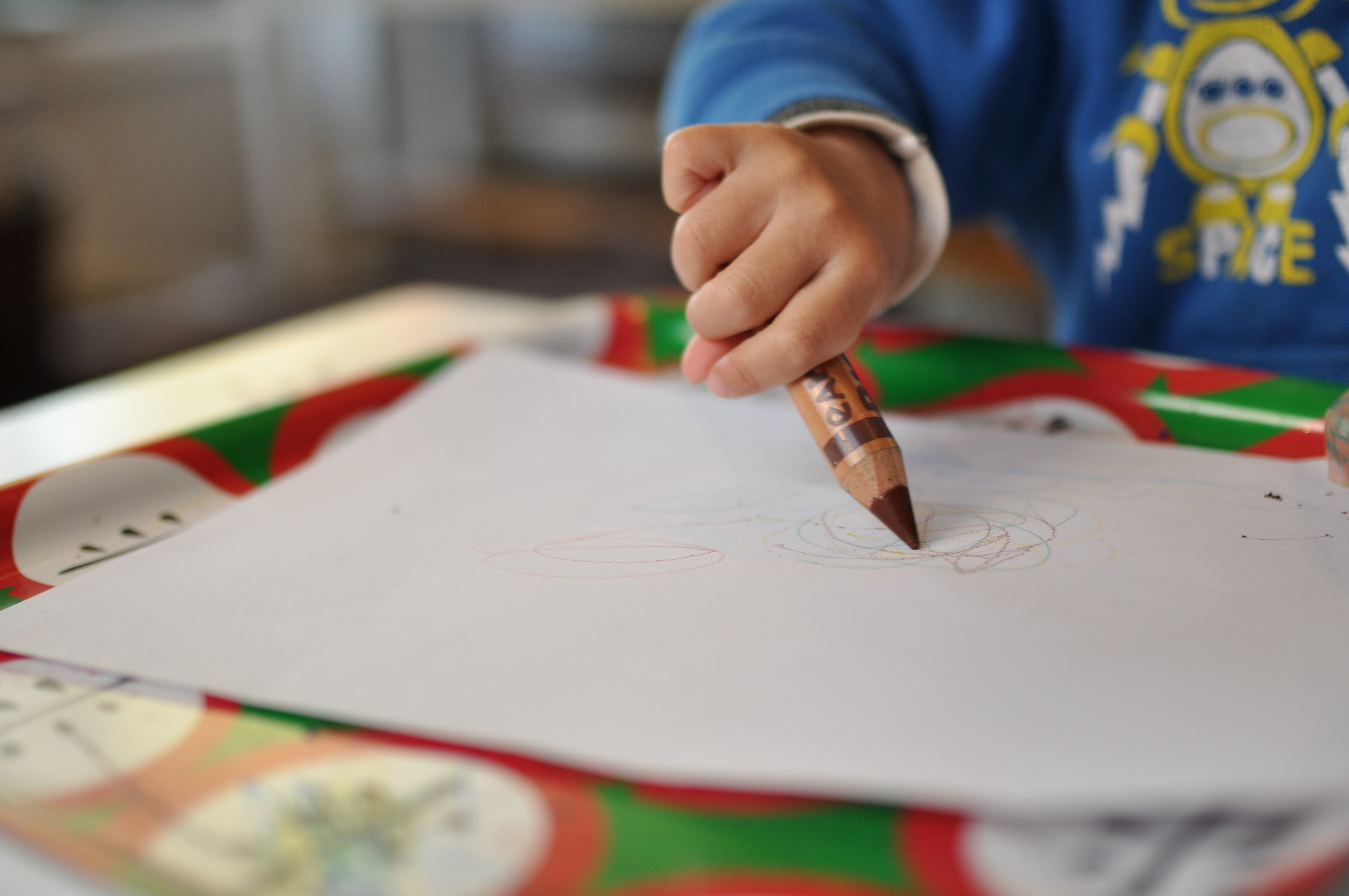 Drawing Lines Meaning : When can children start drawing montessori and me